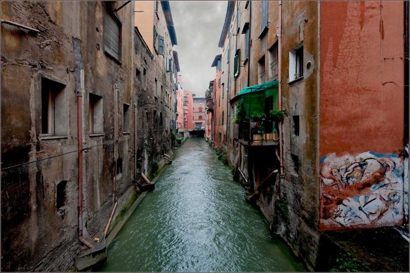 I sette segreti di bologna lanostracommedia - Bologna finestra sul canale ...