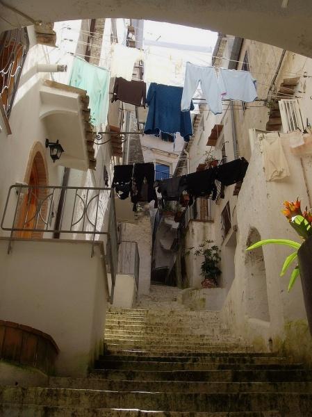La citta colorate T5_latina_sperlonga_passeggiando_tra_le_viuzze_4e6a513f2efea_20110909_074743