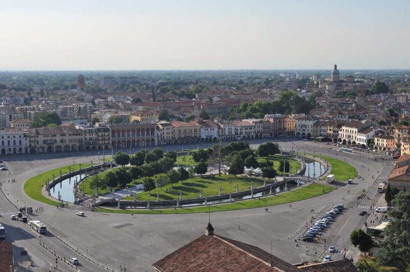 Guida padova foto cartoline e immagini tuttocitt for Prato della valle oggi