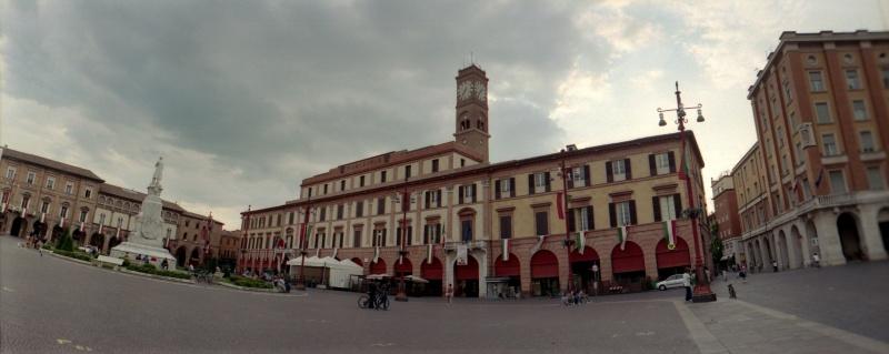 Guida forl foto cartoline e immagini tuttocitt for Casa italia forli