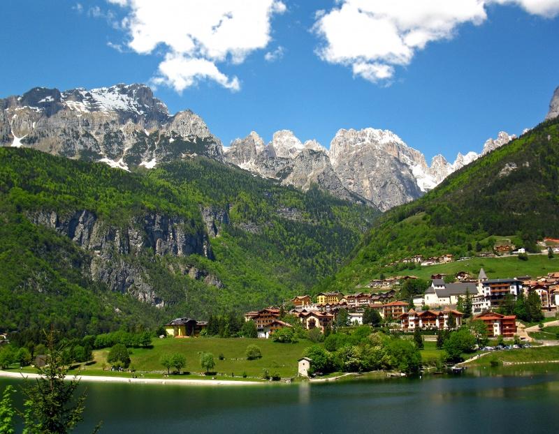 Guida trentino alto adige foto cartoline e immagini for Le piu belle baite in montagna